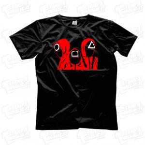 T-shirt Squid Game Guardie serie tv netflix maglia maglietta personaggi simboli segni Squidgame horror terrore splatter sangue guardia soldier mask logo scritta grande 24ore veloce