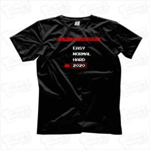 T-shirt maglia select game mode easy normal hard 2020 modalità di gioco facile normale difficile gamer nerd play arcade videogame giocatore regalo divertente simpatico covid anno di merda